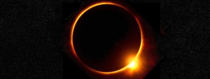 Sonnenfinsternis mit Korona